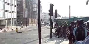 Kamion VS Kerékpárosok