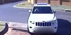 Autós rablás bátor elhárítása